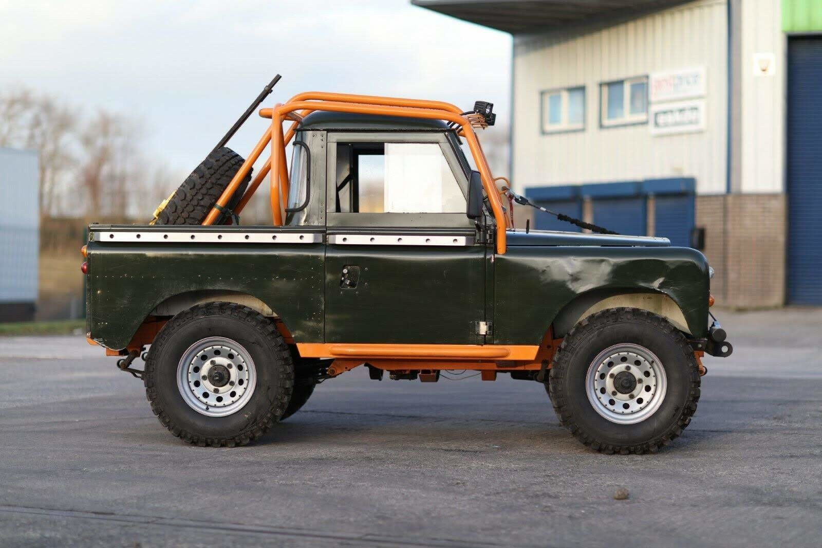 1976 Land Rover Series 3 88  Fully Rebuilt For Sale (picture 2 of 6)