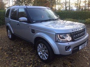 LAND ROVER DISCOVERY 4 3.0 SDV6 COMMERCIAL - HIGH SPEC!