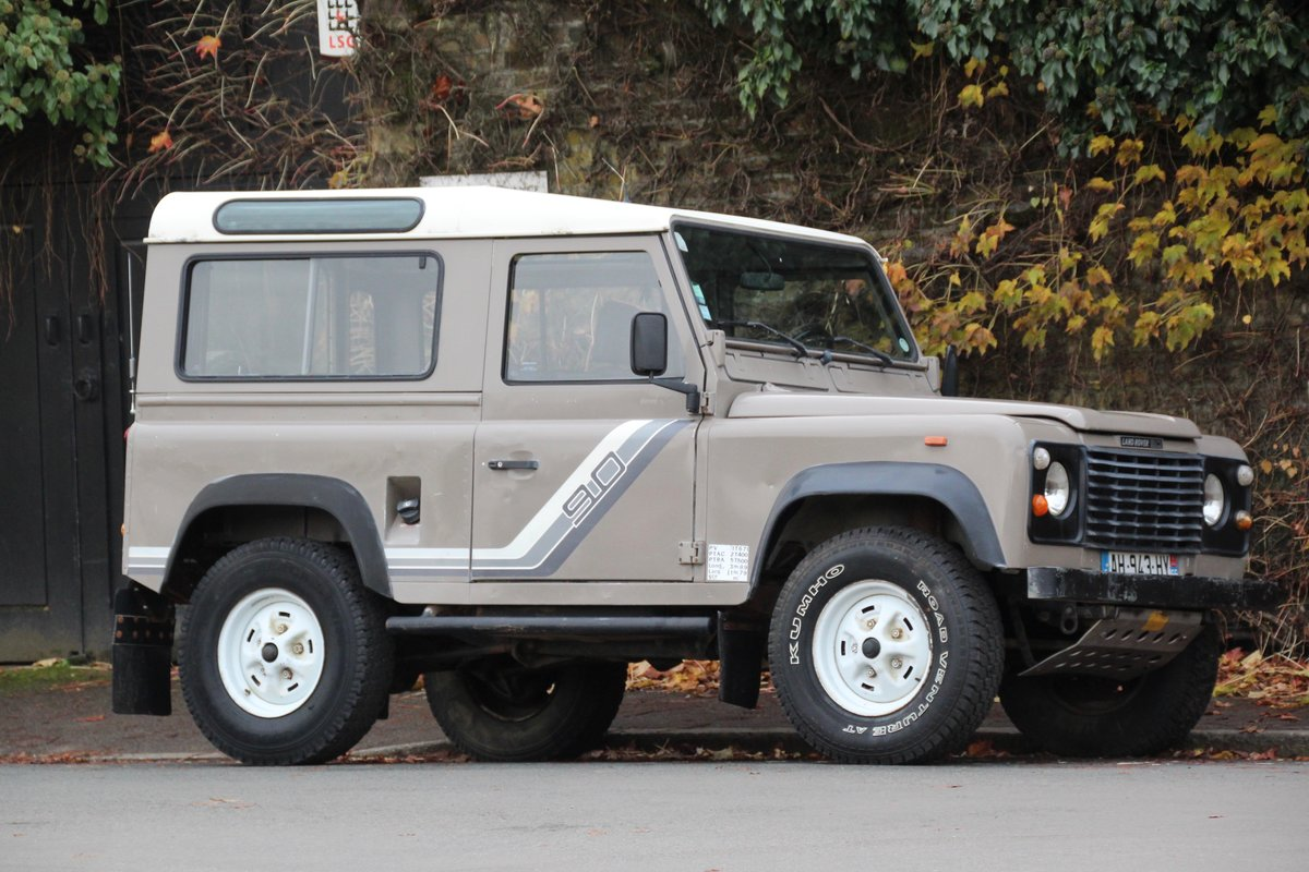 1988 Land Rover 90 2.5TD LHD (USA Eligible) For Sale (picture 1 of 6)