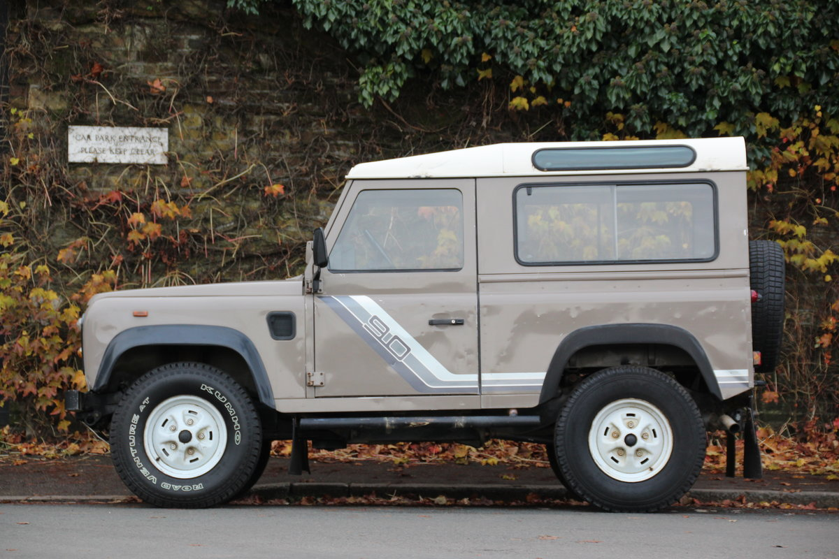 1988 Land Rover 90 2.5TD LHD (USA Eligible) For Sale (picture 2 of 6)