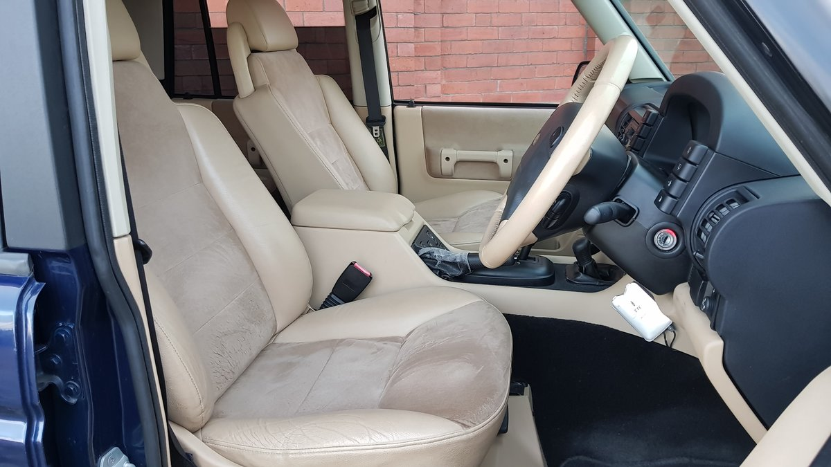 2004 LAND ROVER DISCOVERY 4.0 V8 SE HALF LEATHER 4X4 * LOW MILES For Sale (picture 3 of 6)