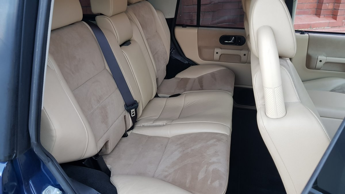 2004 LAND ROVER DISCOVERY 4.0 V8 SE HALF LEATHER 4X4 * LOW MILES For Sale (picture 4 of 6)