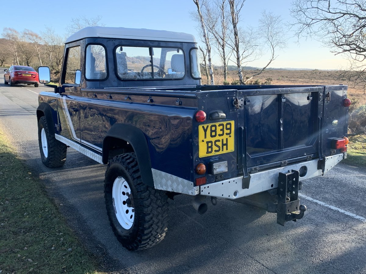 Land Rover County TD5 110 Pickup 2001 New Chassis For Sale (picture 2 of 6)