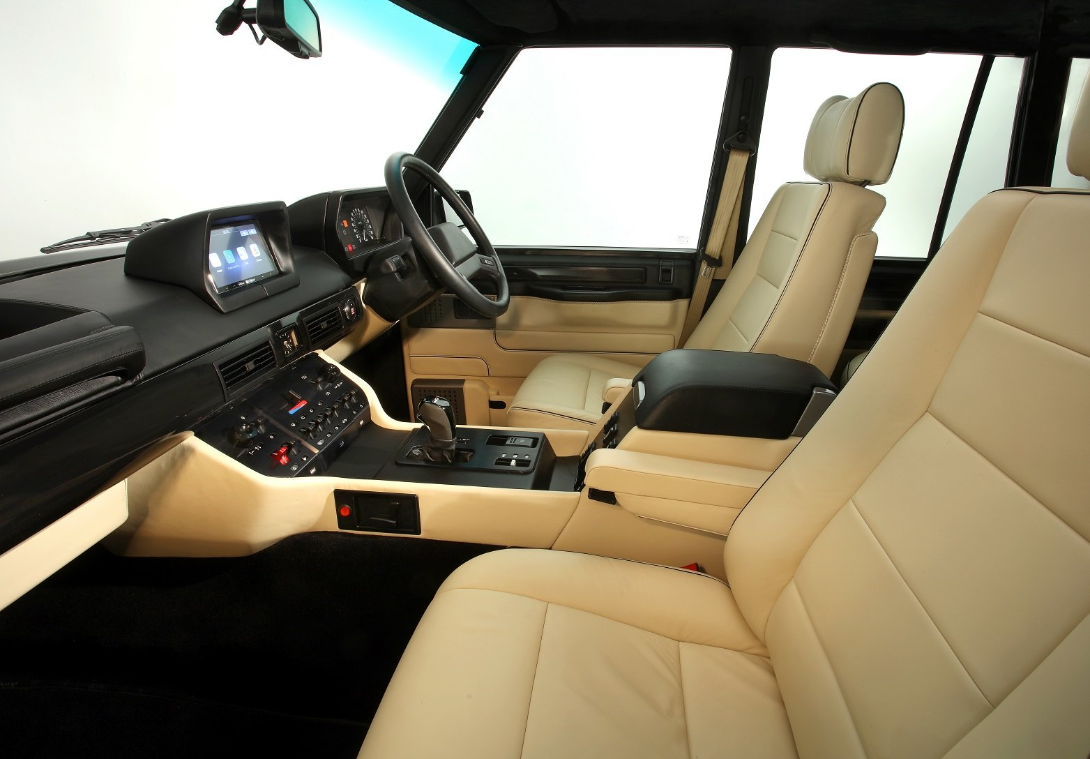 2004 Range Rover Chieftain, re-engineered Supercar For Sale (picture 4 of 6)