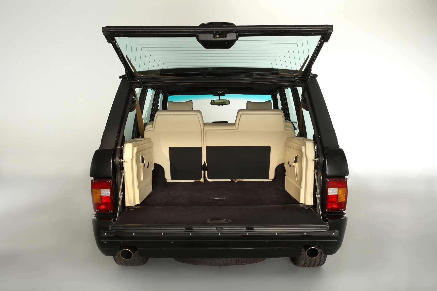 2004 Range Rover Chieftain, re-engineered Supercar For Sale (picture 6 of 6)