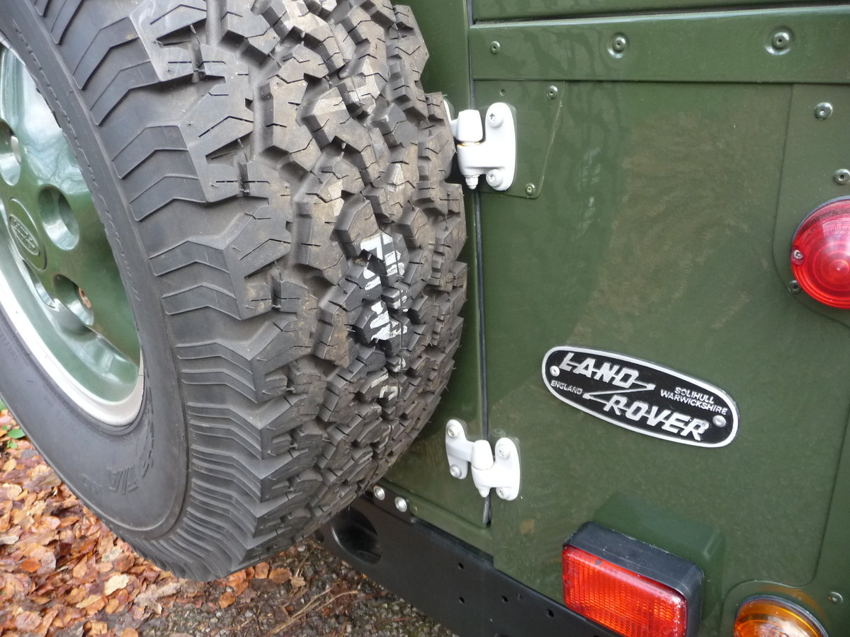 2000 ORIGINAL 1999 LAND ROVER 90 DEFENDER HERITAGE – 34,300 MILES For Sale (picture 9 of 10)