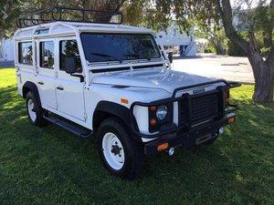 # 22823 1993 Land Rover Defender 110