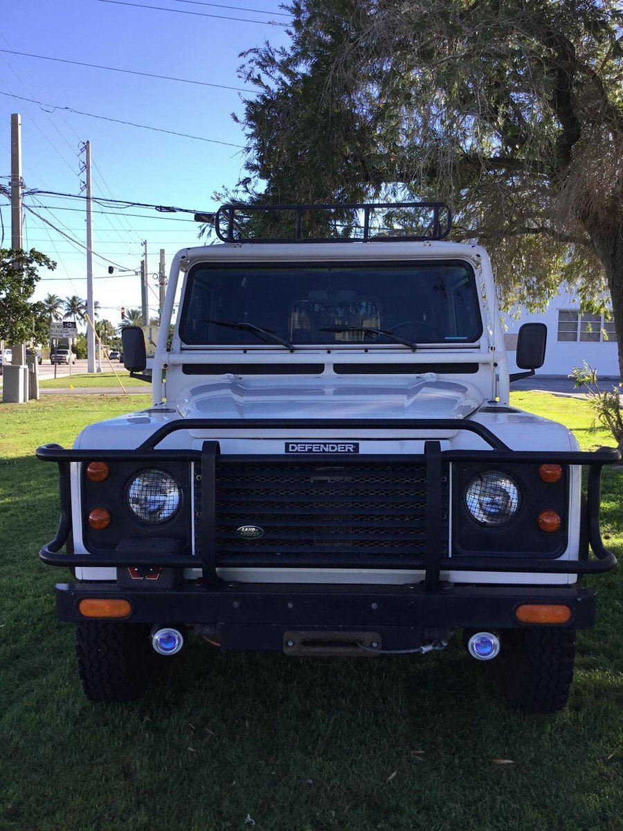 # 22823 1993 Land Rover Defender 110  For Sale (picture 2 of 6)