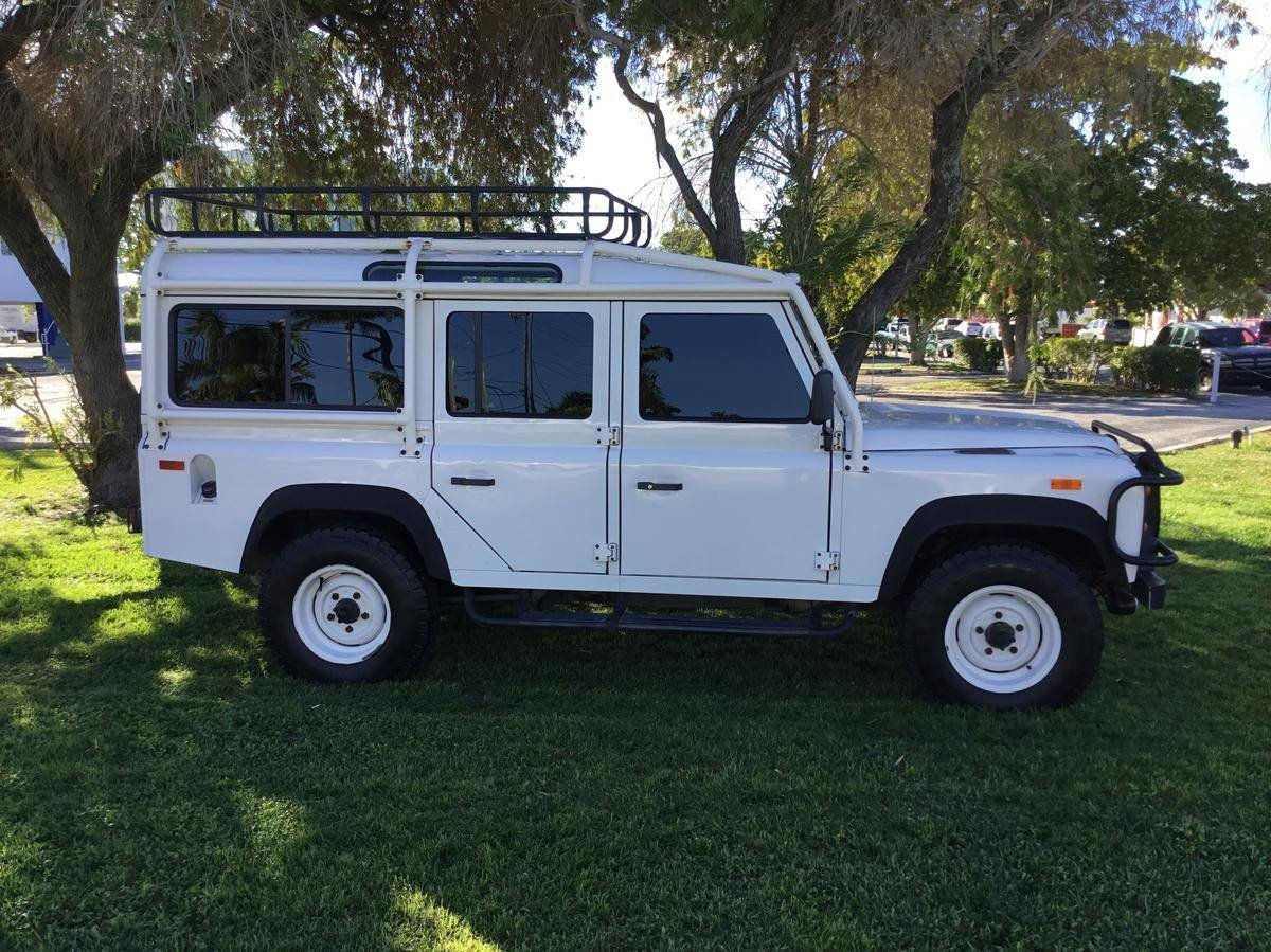 # 22823 1993 Land Rover Defender 110  For Sale (picture 3 of 6)