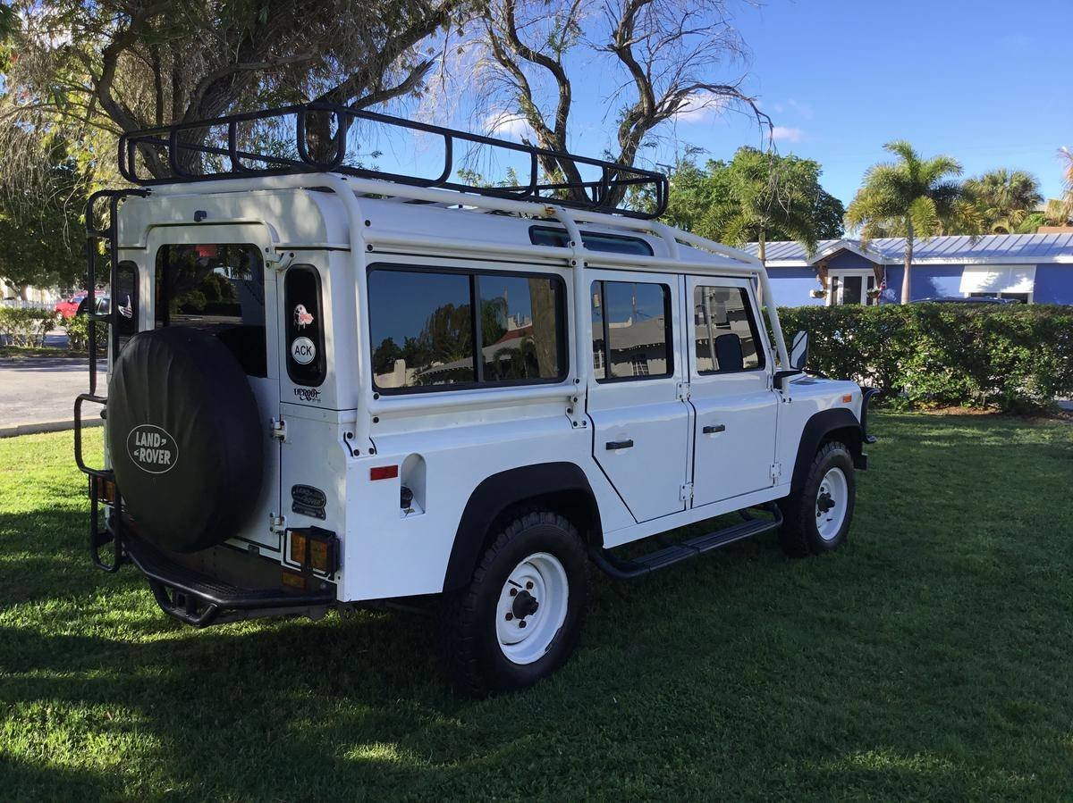 # 22823 1993 Land Rover Defender 110  For Sale (picture 4 of 6)