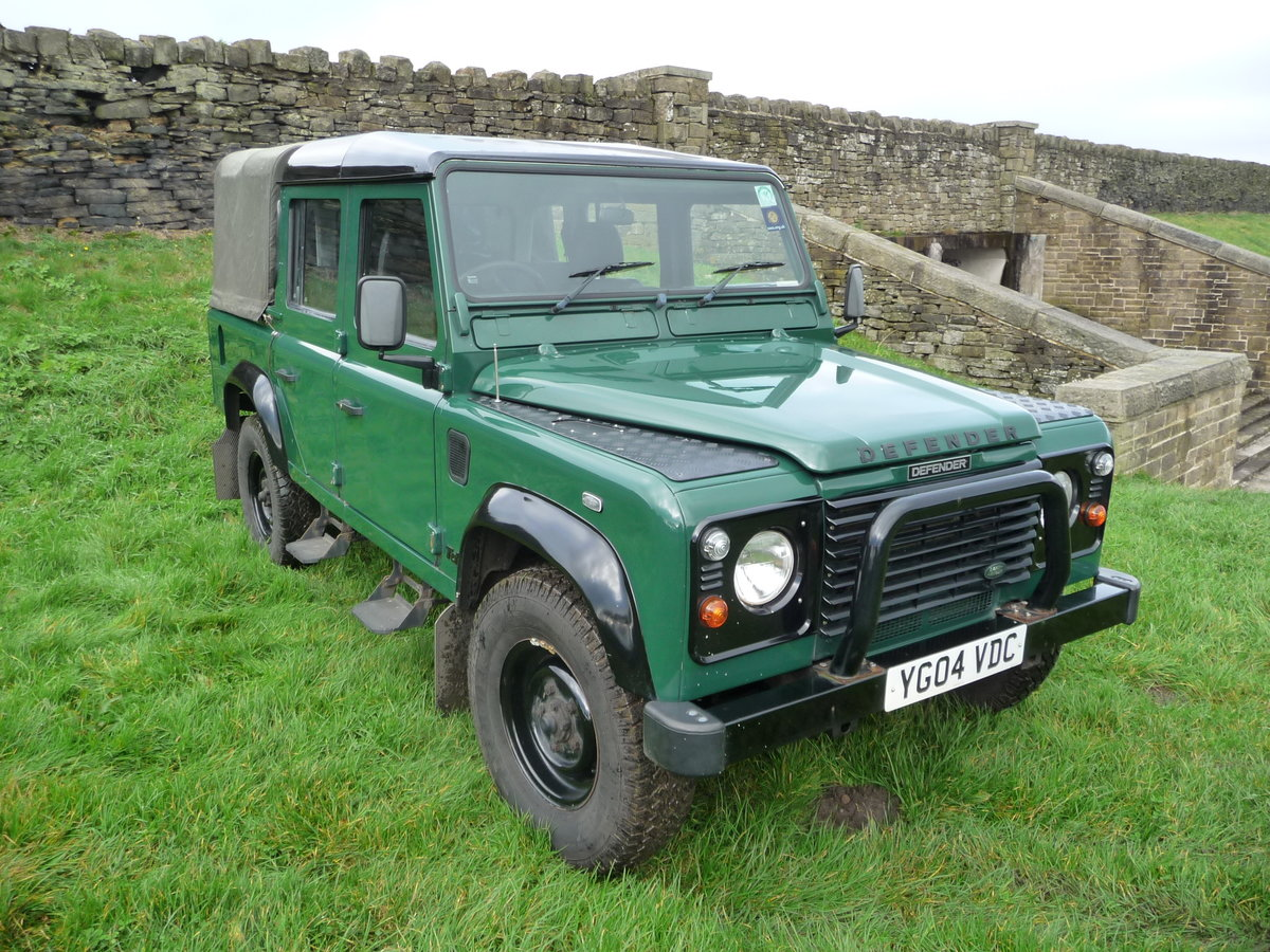 2004 Defender 110 DOUBLE CAB – LOVELY CONDITION For Sale (picture 1 of 10)