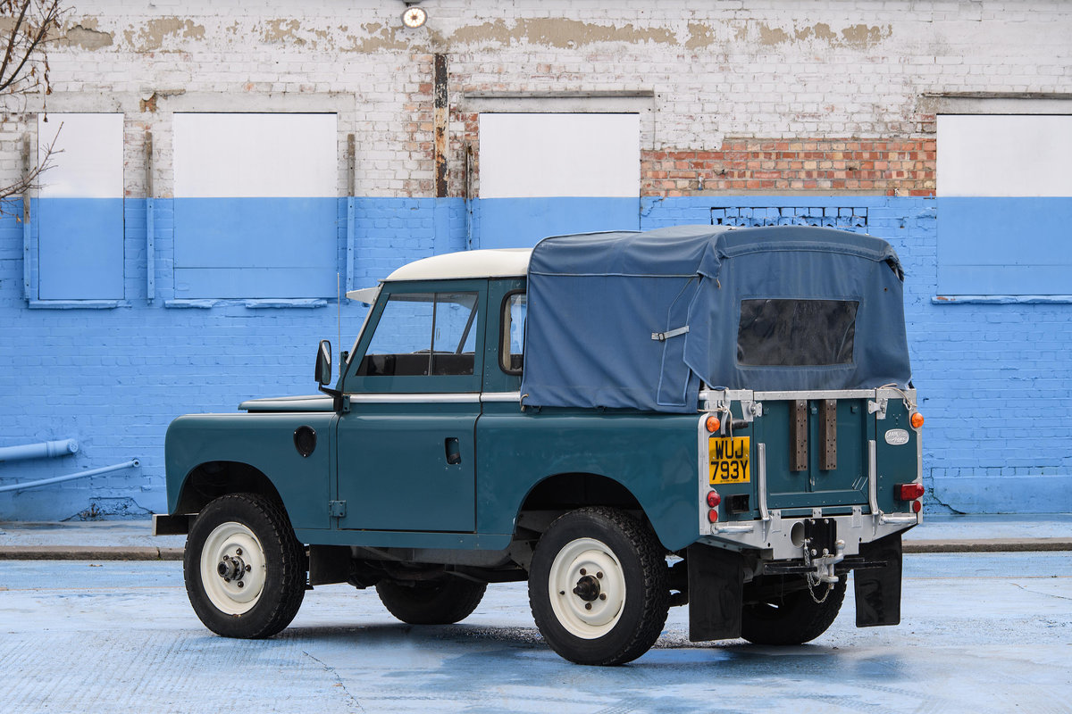 1983 Land Rover Defender Series 3 Pickup For Sale (picture 5 of 12)