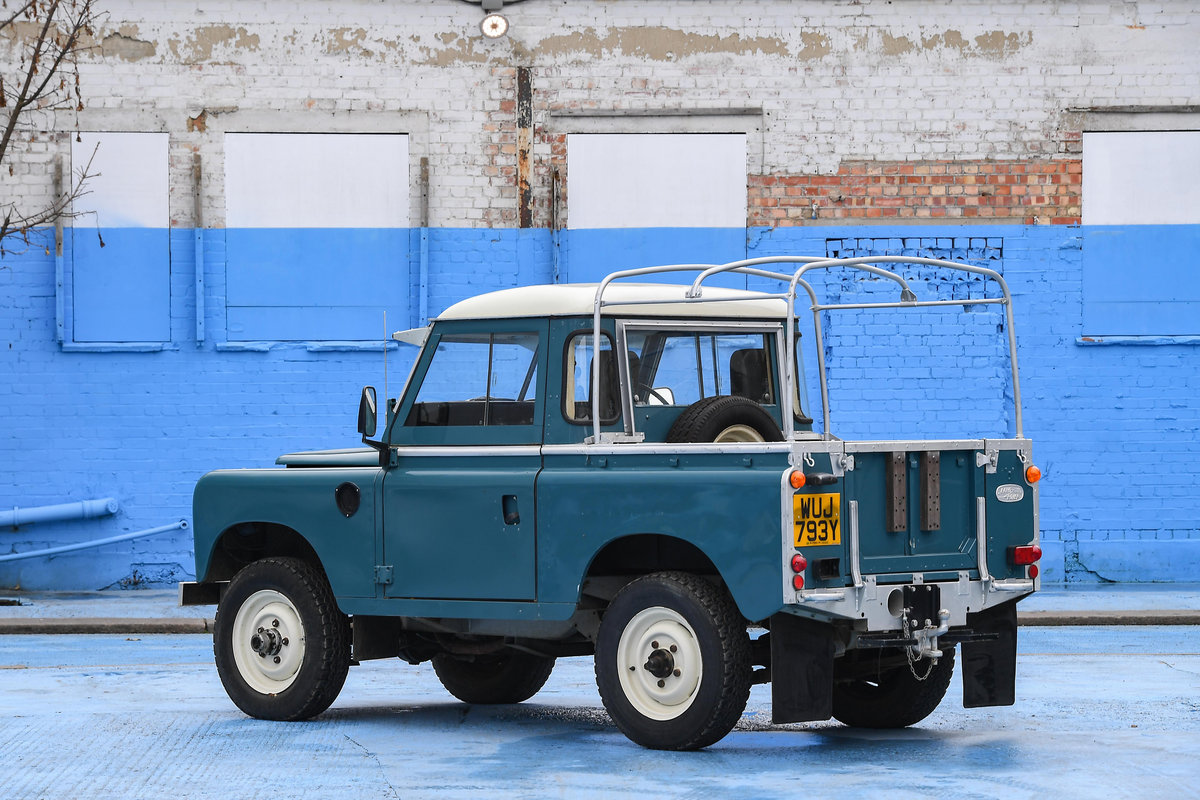 1983 Land Rover Defender Series 3 Pickup For Sale (picture 6 of 12)