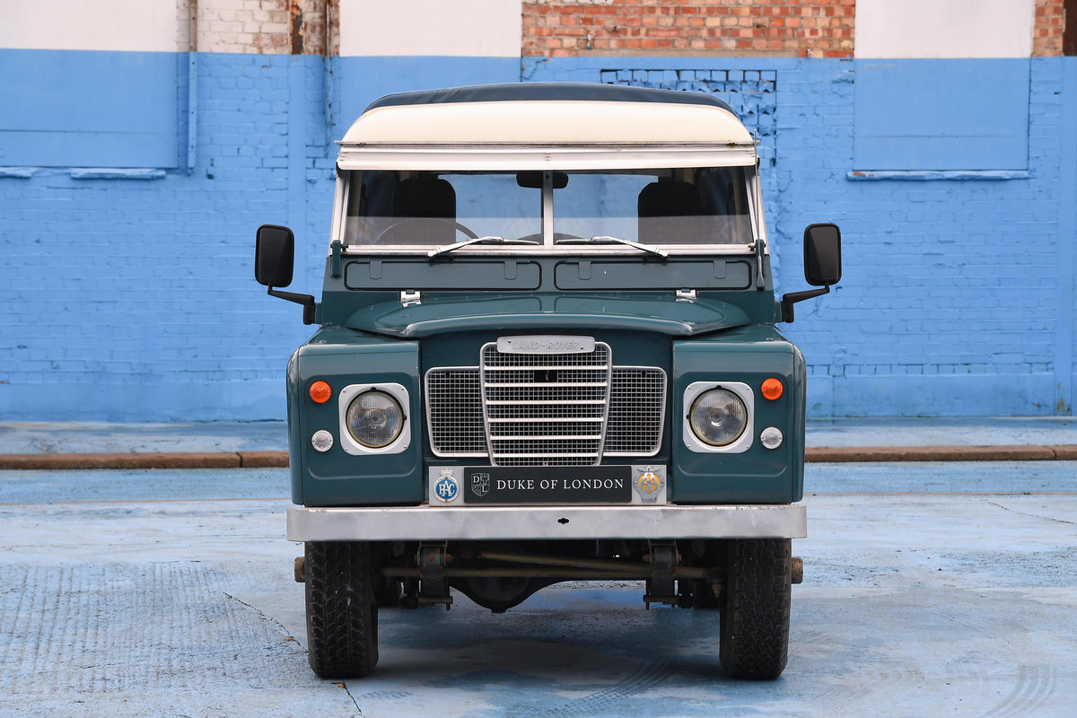 1983 Land Rover Defender Series 3 Pickup For Sale (picture 7 of 12)