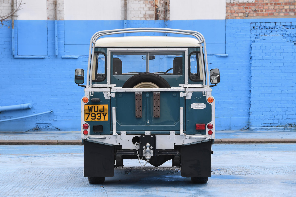 1983 Land Rover Defender Series 3 Pickup For Sale (picture 9 of 12)