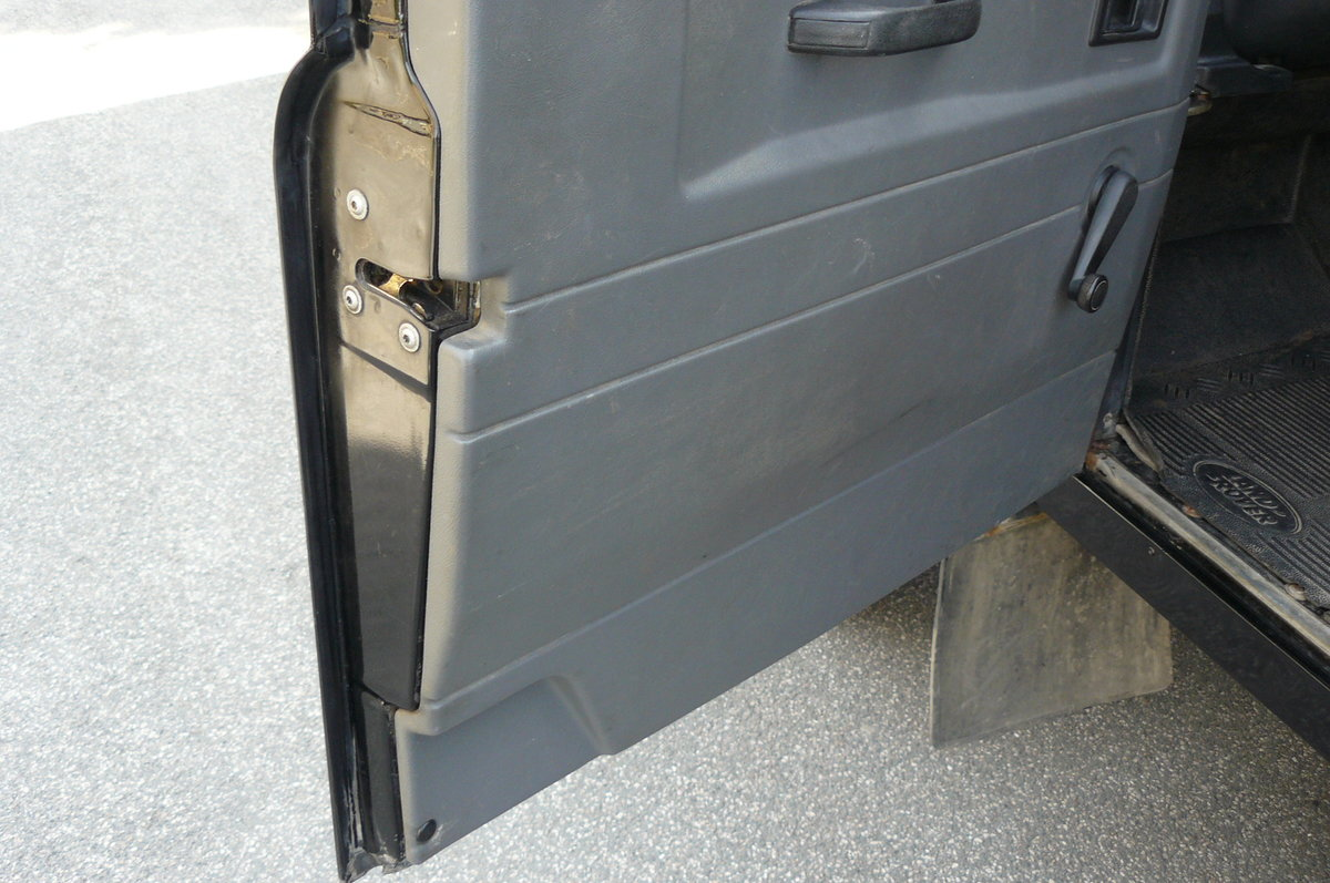 1999 LAND ROVER DEFENDER 90 AUTOMATIC For Sale (picture 4 of 6)