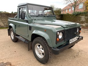 superb 1994 Defender 90 300TDi truck cab+USA exportable