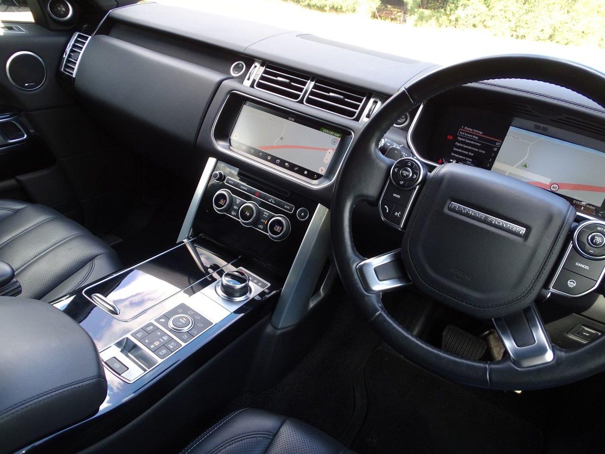 2016 Land Rover  RANGE ROVER  4.4 SDV8 VOGUE SE 2017 MODEL EU6 8  For Sale (picture 7 of 24)