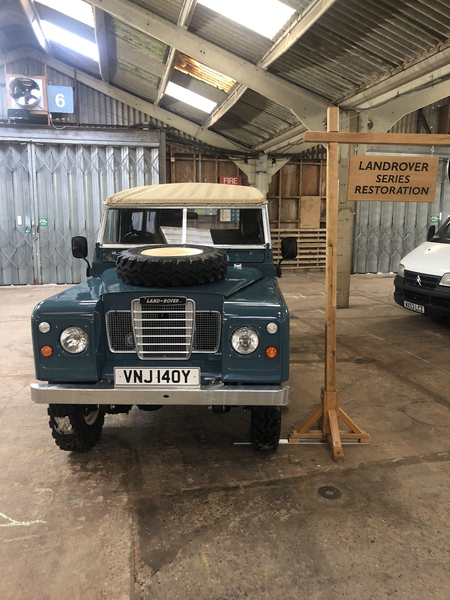 1982 Land Rover Series 3 109 softop restored For Sale (picture 2 of 4)