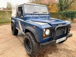 2003/53 Defender 90 TD5 pickup with tilt+long MOT For Sale