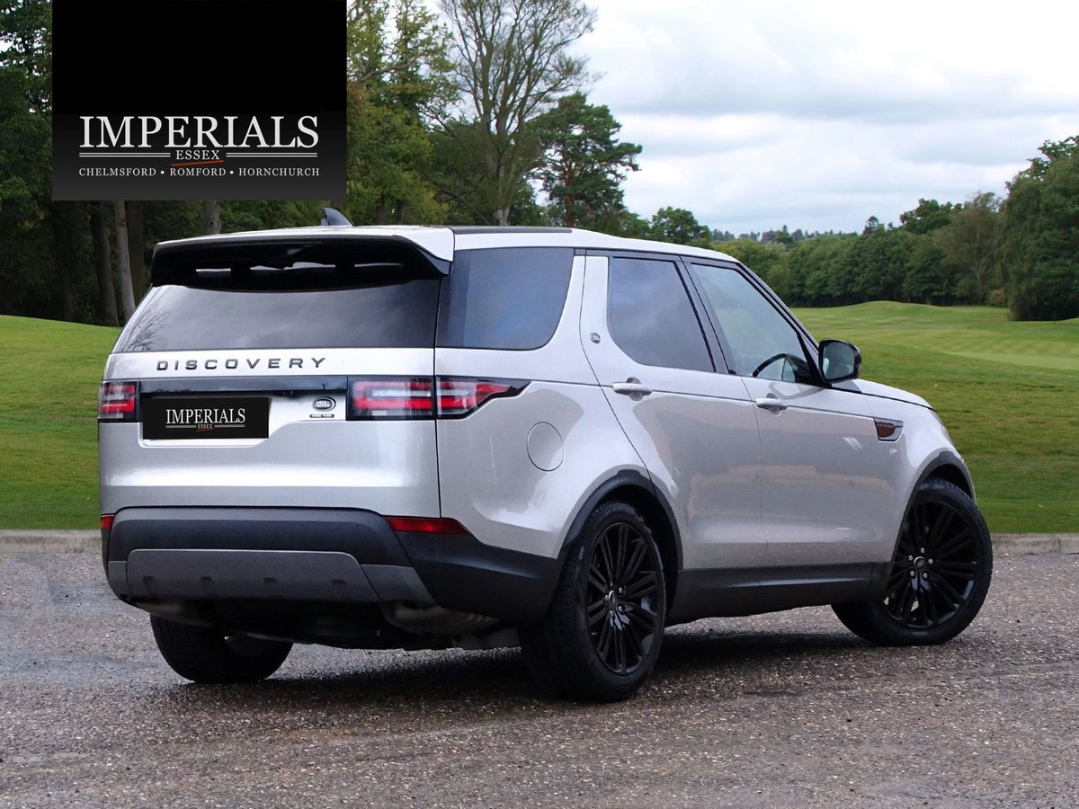 2018 Land Rover  DISCOVERY  3.0 TD6 HSE LUXURY 7 SEATER 8 SPEED A For Sale (picture 4 of 24)