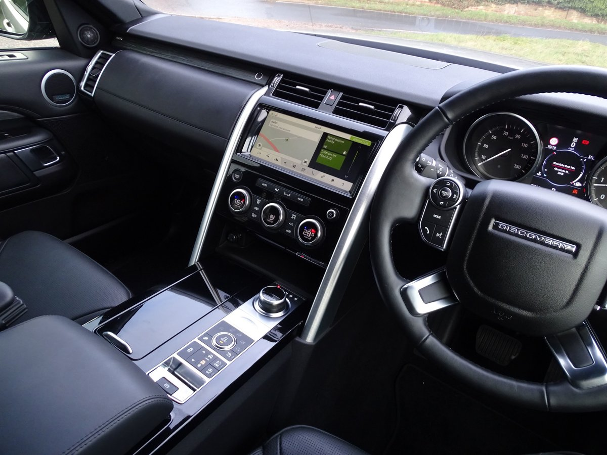 2018 Land Rover  DISCOVERY  3.0 TD6 HSE LUXURY 7 SEATER 8 SPEED A For Sale (picture 6 of 24)