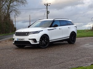 2019 Land Rover  RANGE ROVER VELAR  D300 R-DYNAMIC HSE EU6 VAT Q  For Sale