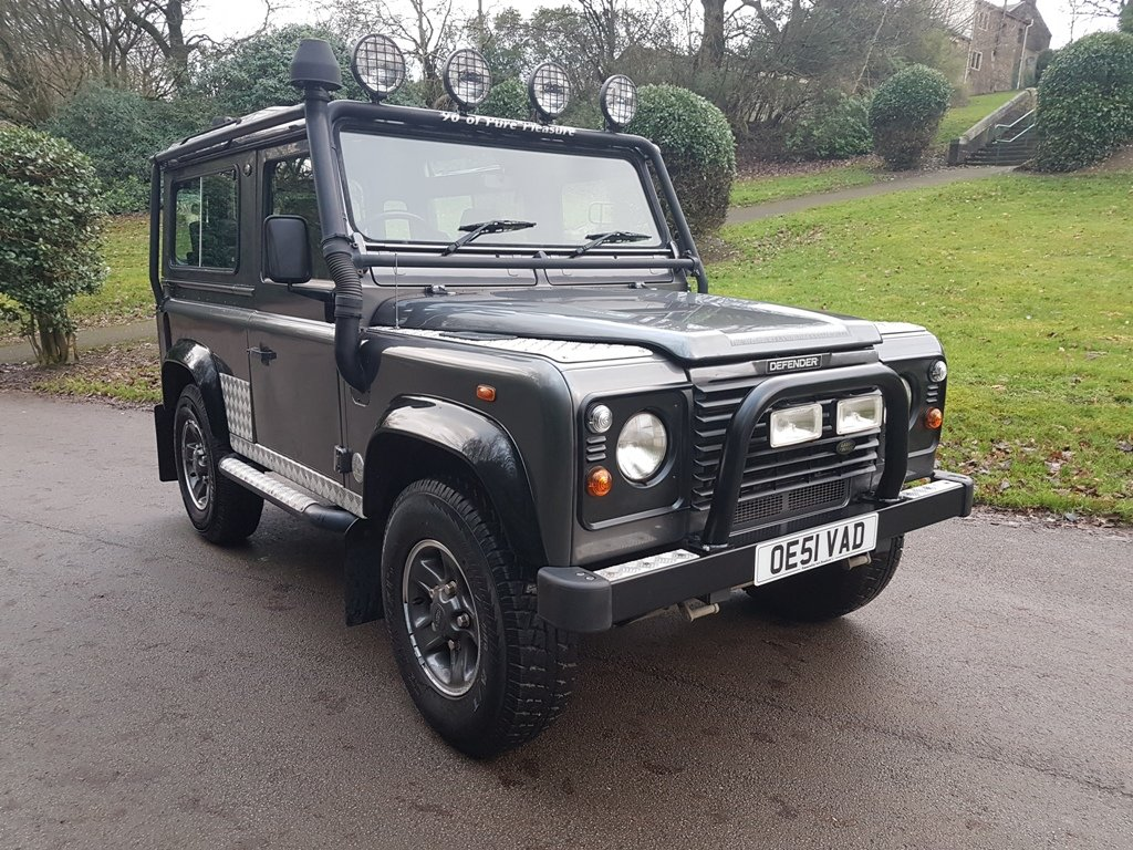 2002 2001 LAND ROVER DEFENDER 90 TD5 TOMB RAIDER For Sale (picture 1 of 6)