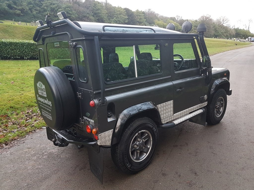 2002 2001 LAND ROVER DEFENDER 90 TD5 TOMB RAIDER For Sale (picture 2 of 6)