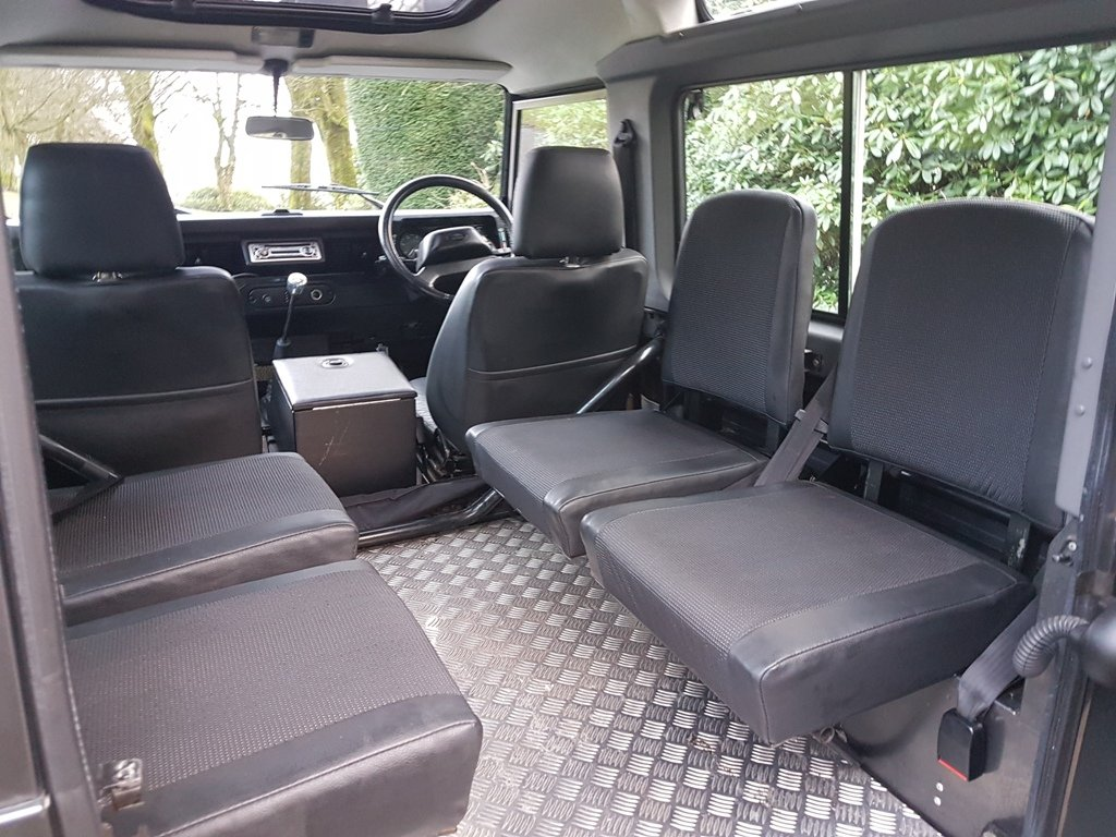 2002 2001 LAND ROVER DEFENDER 90 TD5 TOMB RAIDER For Sale (picture 5 of 6)