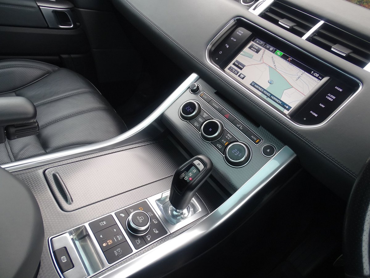 2015 Land Rover  RANGE ROVER SPORT  4.4 SDV8 AUTOBIOGRAPHY DYNAMI For Sale (picture 6 of 24)