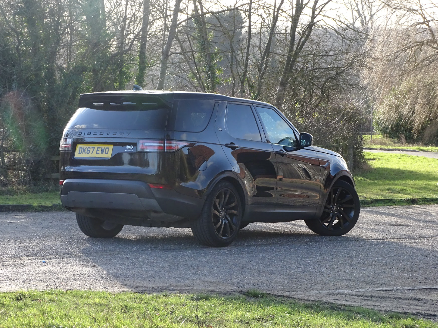 2017 Land Rover  DISCOVERY  3.0 SDV6 HSE 7 SEATER AUTO  41,948 For Sale (picture 2 of 13)