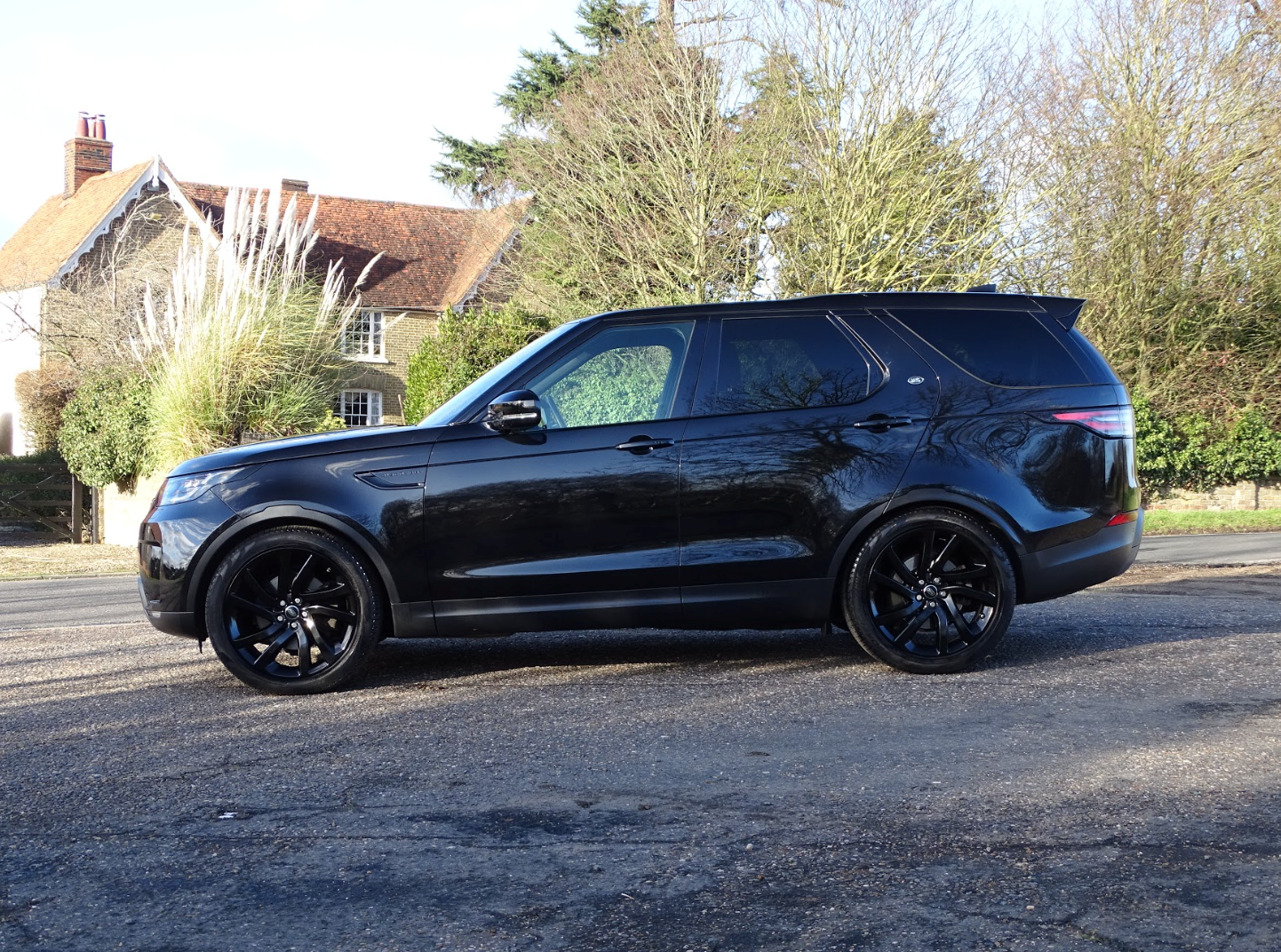 2017 Land Rover  DISCOVERY  3.0 SDV6 HSE 7 SEATER AUTO  41,948 For Sale (picture 7 of 13)
