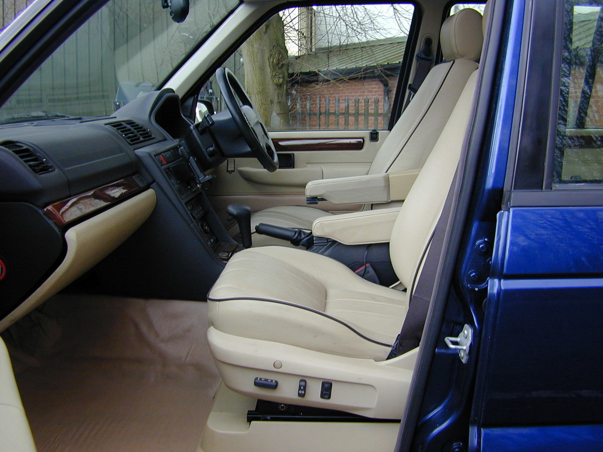 1996 RANGE ROVER P38 4.6 HSE - RHD - LOW MILES - EX JAPAN! For Sale (picture 4 of 6)