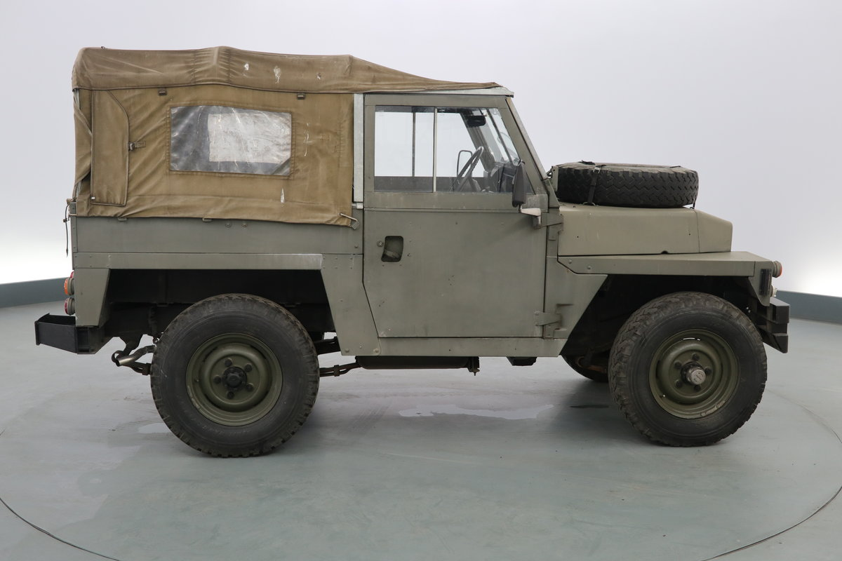 1989 Landrover lightweight 2.3 Military ( NON UK ) pet For Sale (picture 2 of 6)
