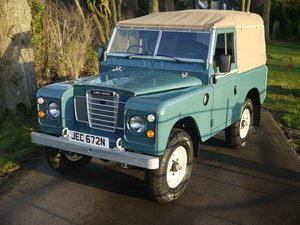 1975 Land Rover Series III 88 For Sale