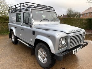 superb 2013/63 Defender 110 2.2TDCi XS utility 19300m 1 owne For Sale