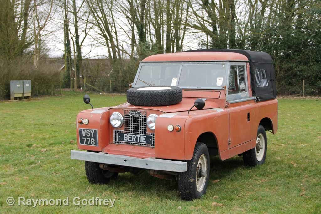 1961 Land Rover Series 2 ex-Fire Truck SOLD (picture 1 of 6)