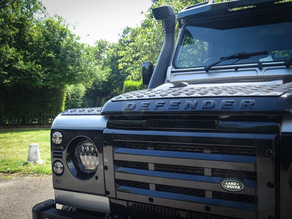 2010 Land Rover  DEFENDER 110  2.4 TDI COUNTY DOUBLE CAB PICK UP  For Sale (picture 10 of 24)