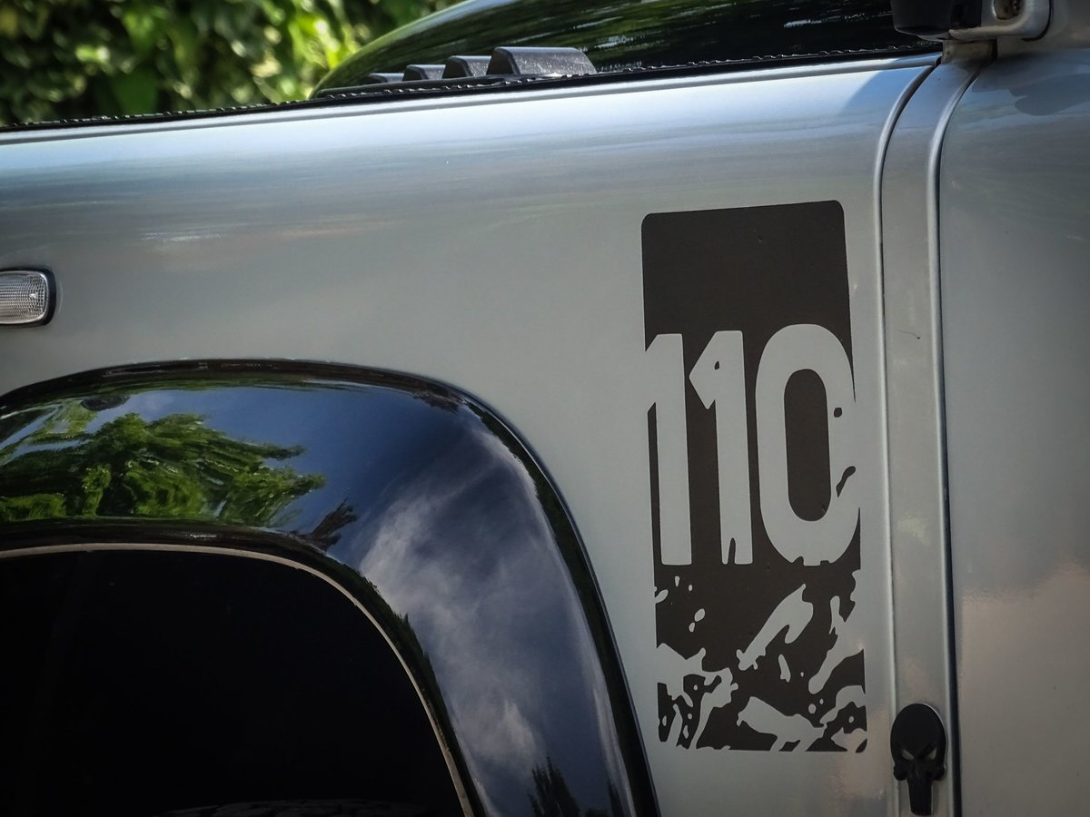 2010 Land Rover  DEFENDER 110  2.4 TDI COUNTY DOUBLE CAB PICK UP  For Sale (picture 12 of 24)
