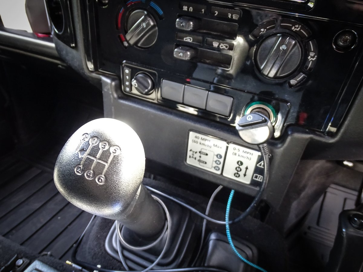 2010 Land Rover  DEFENDER 110  2.4 TDI COUNTY DOUBLE CAB PICK UP  For Sale (picture 19 of 24)