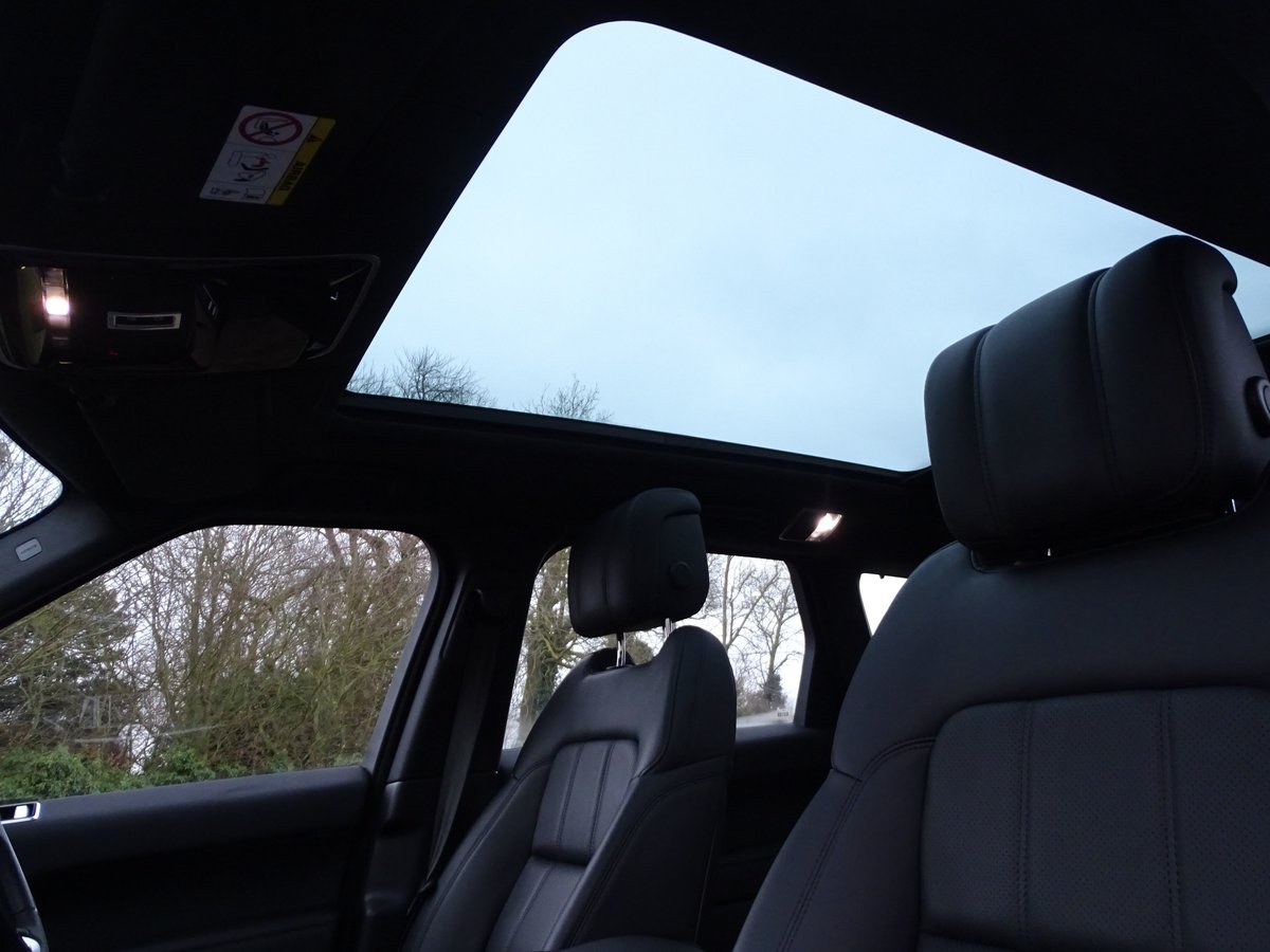 2018 Land Rover  RANGE ROVER SPORT  P400e HYBRID HSE DYNAMIC AUTO For Sale (picture 7 of 18)