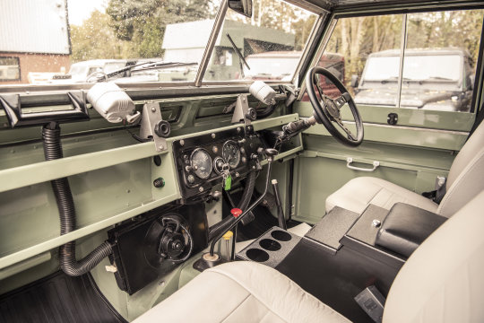 1959 LAND ROVER SERIES 2A 88 For Sale (picture 4 of 6)