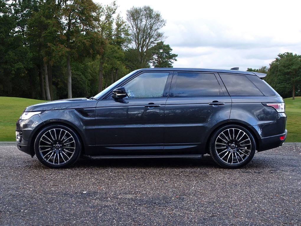2017 Land Rover  RANGE ROVER SPORT  3.0 SDV6 HSE EU6 8 SPEED AUTO For Sale (picture 2 of 24)