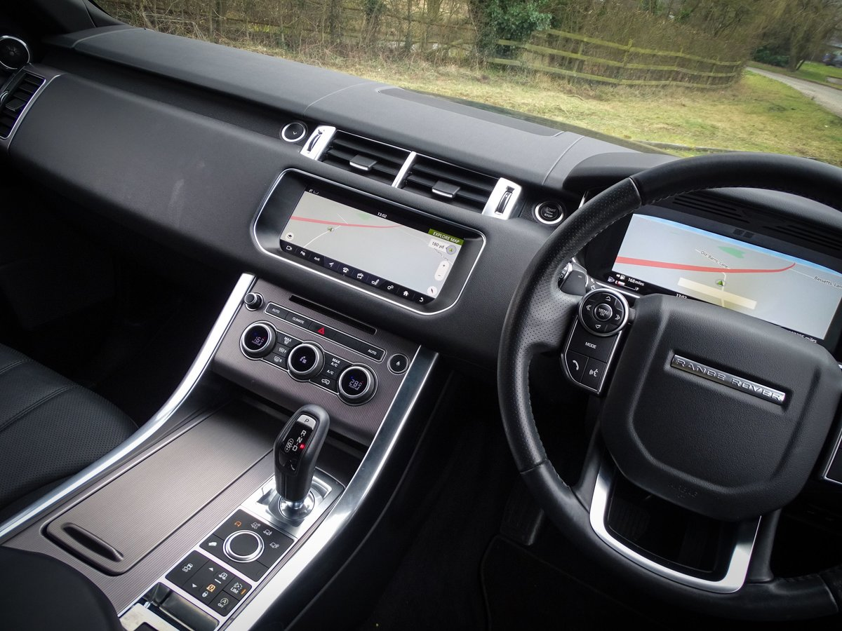 2017 Land Rover  RANGE ROVER SPORT  3.0 SDV6 HSE EU6 8 SPEED AUTO For Sale (picture 6 of 24)