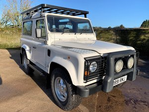 exceptional 1998 Defender 90 300TDi County Station Wagon For Sale
