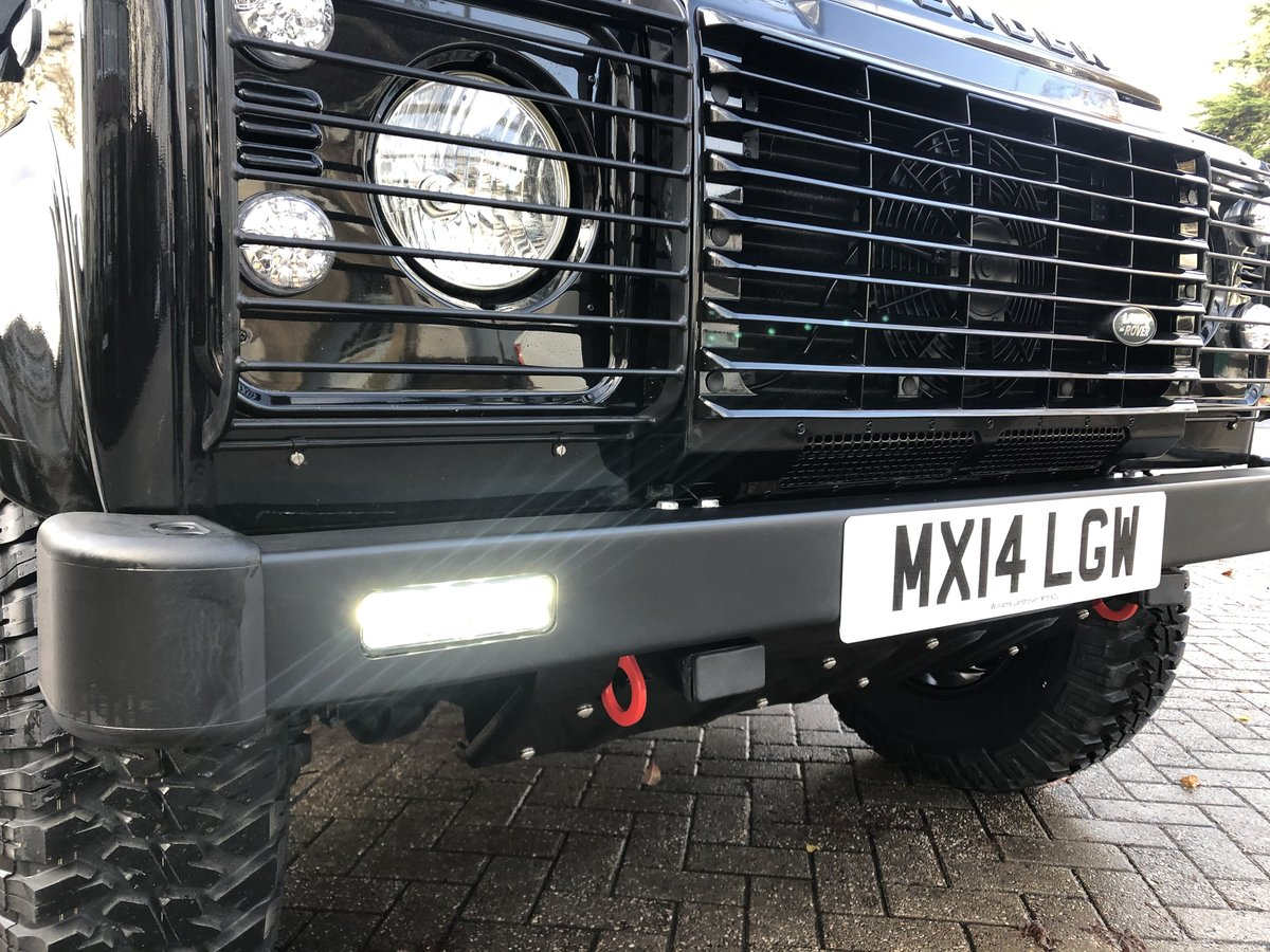 2014 Defender 90 XS Factory Left Hand Drive Black Pack ONE OWNER For Sale (picture 3 of 6)