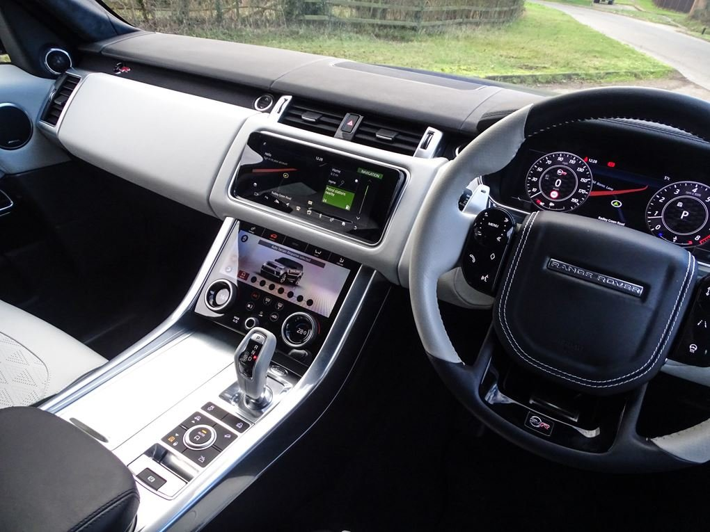 Land Rover  RANGE ROVER SPORT  SVR 5.0 V8SUPERCHARGED 2018 M For Sale (picture 6 of 24)