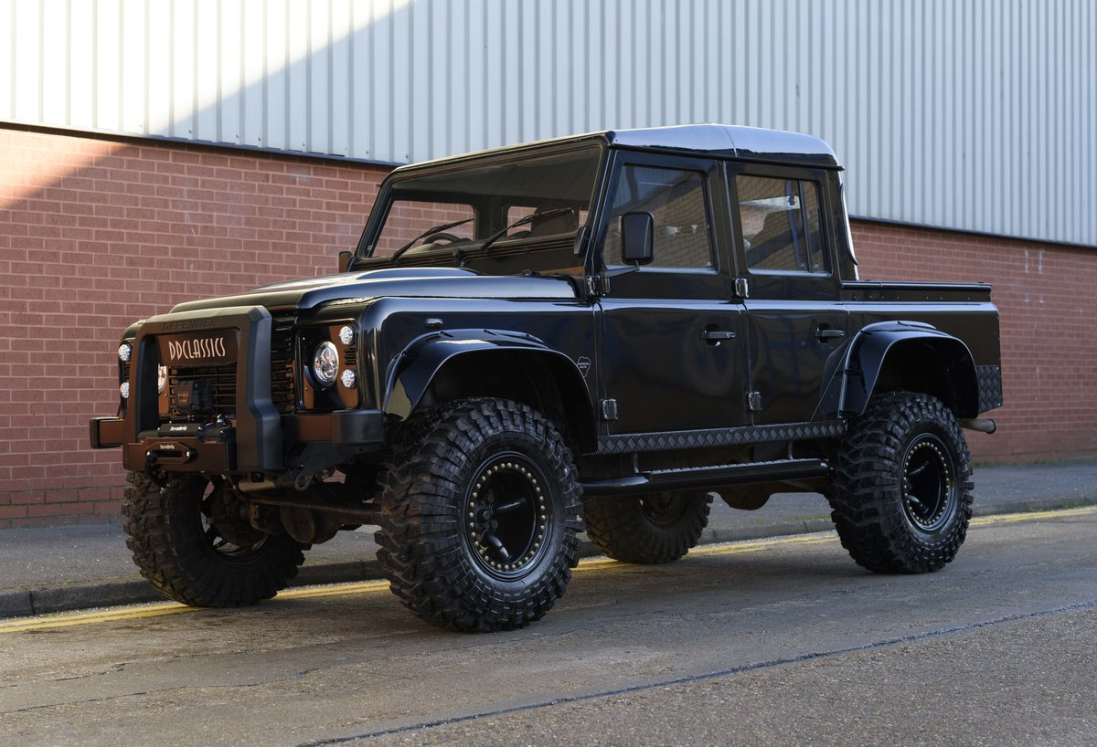 2007 Land Rover Defender 110 2.4 Tdci Pick Up (RHD) For Sale (picture 1 of 22)