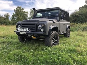 Land Rover Defender 90 - Fully Loaded Factory V8
